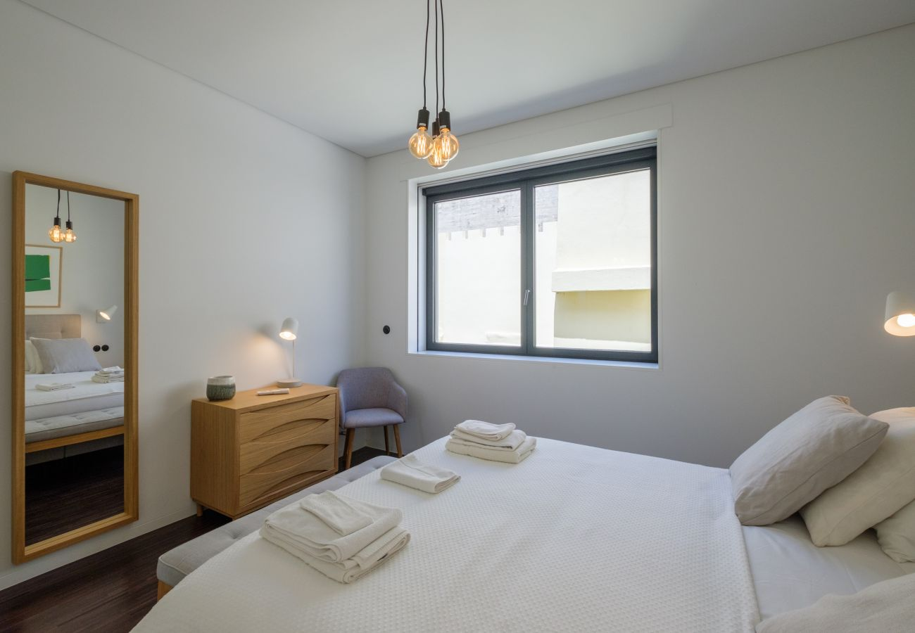 Apartment in Lisbon - Nomad's 2Bed Riverside Lisbon